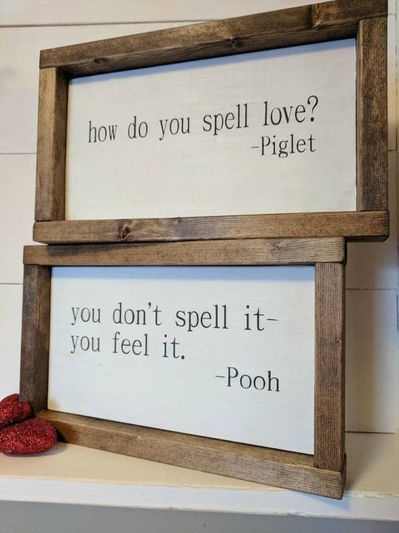 THE ORIGINAL farmhouse inspired Pooh and Piglet 'how do you spell love' quote framed wood sign SET Bureau en miroir